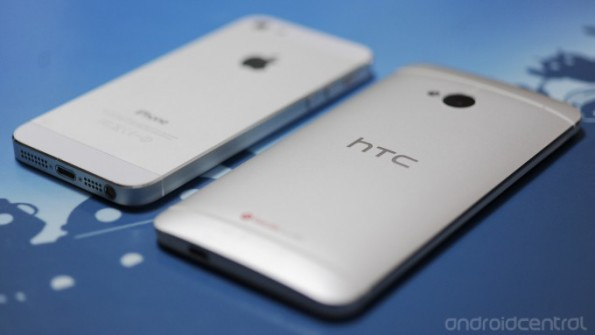 htc-one-iphone5-3