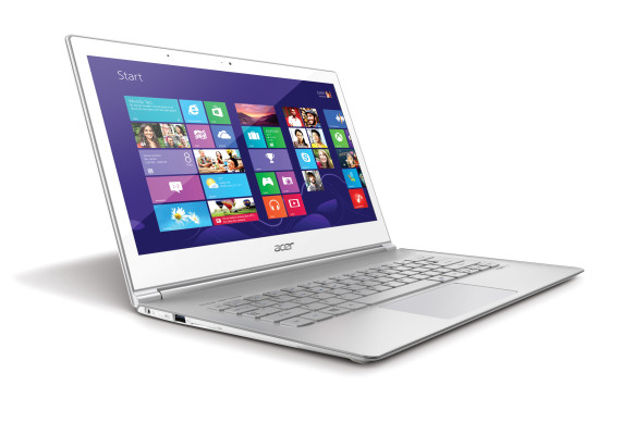 Acer Aspire S7-392_front right