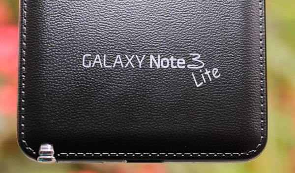 il samsung galaxy note 3 lite avr un display da 720p. Black Bedroom Furniture Sets. Home Design Ideas